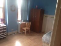 LOOKNG FR A MASSIVE DOUBLE ROOM?CLEAN,RELAX,FALT,GOOD LOCATION?SO HAVE A LOOK.