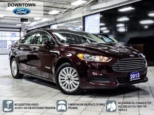 2013 Ford Fusion Hybrid SE, Low Mileage, Heated seats, Car Proof