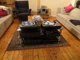 DJ equipment 2x Technics 1210 mk2 turntables