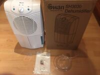 Swan sh 3030 10 litre dehumidifier as new boxed with instructions shown working