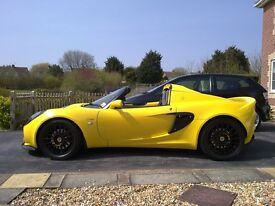 Lotus Elise 111S Lighting Yellow Pearl - Garaged - Immaculate - Never used on track