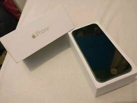 *Apple iPhone 6 16gb unlocked Space Grey boxed charger fully working