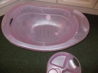 baby bath and top and tail bowl very good condition