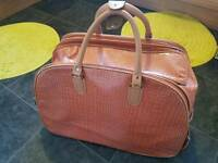 Large holdall travel weekend holiday wheel bag