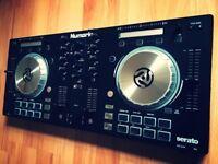Numark Mixtrack Pro 3 DJ Controler