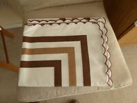 Large oblong table cloth (cream/brown) with matching napkins