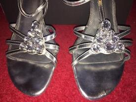 Formal Prom / Wedding Ankle Strap Heel Shoes Size 7