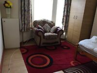 Luxury Double Room in Burypark for single only