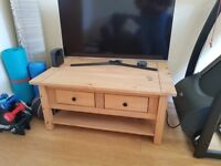 San Diego Coffee Table - Antique Solid Pine. Good condition