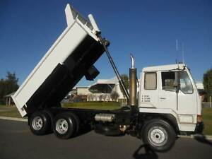 Mitsubishi 6 X 4 Bogey Drive Tipper , 12 Tonne Welshpool Canning Area Preview
