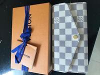 Louis Vuitton Purse *used twice*