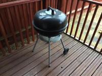 Metal charcoal bbq