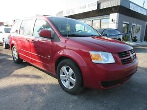 2009 Dodge Grand Caravan SE 25th Anniversary (7 passengers, clea