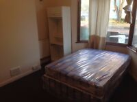 2x single rooms for £100pw and 2x double rooms for £120pw in Walthamstow. All bills included