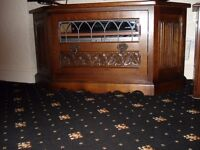 Old Charm Solid Oak Media Cabinet Front drawer and 1 optional leaded glass front excellent condition