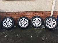 """Genuine Mercedes 16"""" alloys New Continental tyres"""
