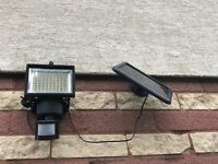 Outdoor Safety Light Wireless with Motion Sensor - Solar Energy Powered