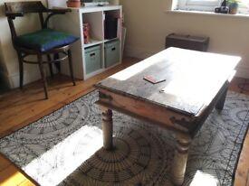 Large Monochrome patterned rug