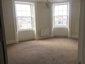FESTIVAL 3 bed luxury apartment in heart of historic New Town, Edinburgh