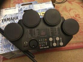 Yamaha DD9 digital percussion machine