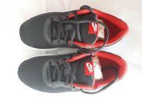 Nike Tanjun Trainers | BNIB | Size UK 5.5 (Fit 5 to 6) | Red & Grey | Kids, Men's, Women's | Unisex