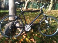 Cannondale Mens Hybrid Bike