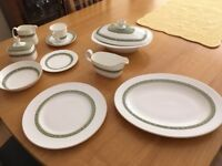 Royal Doulton Rondelay Dinner Service