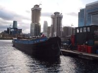 Two bedroom Boat / Dutch Barge to rent - Canary Wharf
