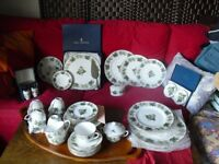 42 piece Royal Worcester Mathon hop design bone china tea and dinner service