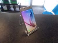 **SALE** Samsung Galaxy S6, Unlocked to any network, Gold