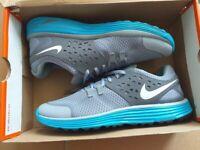 BRAND NEW Nike Lunarswift + 3 running shoes mens