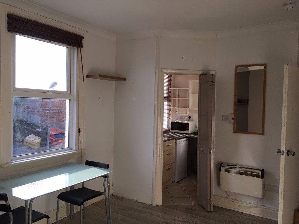 1 Bedroom Studio Room Flat Bills Included Own