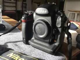 Nikon D3 Very low Shutter count