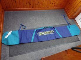 Salomon single pair ski bag.