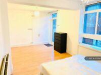 1 bedroom in Arthur Wade House, London, E2 (#1075168)