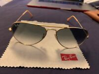 f5ef1424a2d3 Ray-Ban RB3025 Gold 001 51 58mm