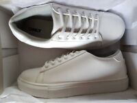 ONLY UK SIZE 4 WHITE TRAINERS.