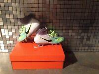 Football Boots Nike UK4
