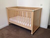 Mamas & Papas Matching Nursery Furniture – Cot Bed, Drawers, Rocking Chair etc