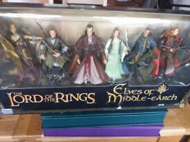 Lord of the rings box set figures