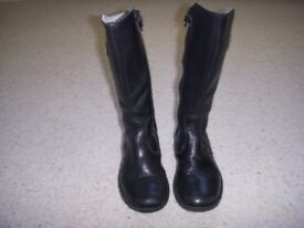 Russell & Bromley Girls Leather boots Size 28 UK 10