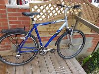 Gents Raleigh Hybrid Cycle in excellent condition (Large Frame)