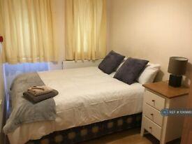 1 bedroom in Nelson Gardens ( ), Whitton, TW3 (#1069861)