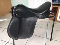 Black Ideal GP saddle