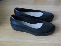 New Clarks women shoes, 4.5