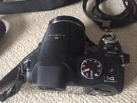 FUJIFILM FinePix S3400 14MP Camera