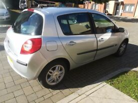Renault clio for sale or swaps... For diesel astra 2 door or £1,100 ono