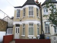 Furnished 2 Bedroom Flat With Garden and Separate Kitchen Close to Manor House and Turnpike Lane