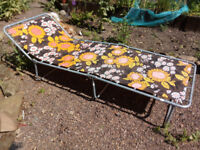 Vintage Folding Camp Bed / Sun Lounger