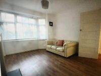 Available Now Two bedroom flat £1250 part furnished private garden SE25 CR0 Se20 Se19